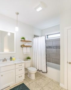 New Construction Home | Lamb Lake Bathroom | Spicewood TX | Vertical Works